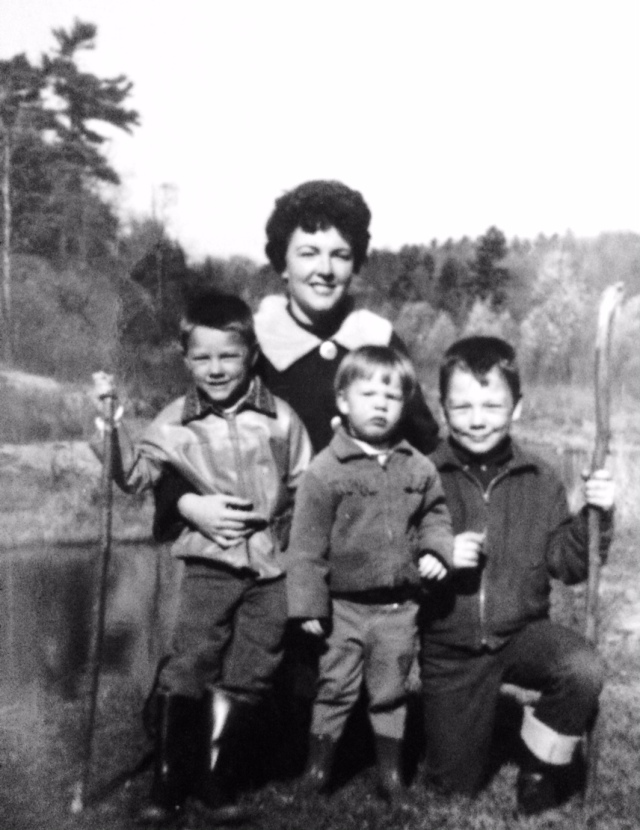 Betty and the kids circa 1967.jpg